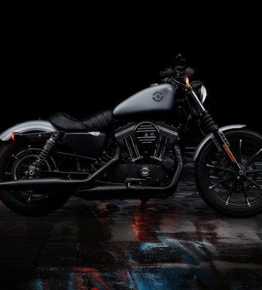 products/20-sportster-iron-883-hero-mobile.jpg
